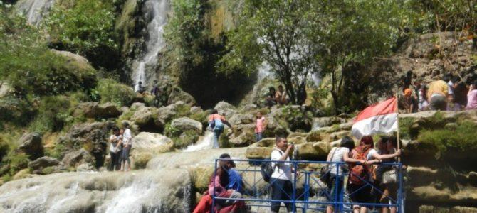 ⑫ピンドゥル洞窟とスリゲトゥの滝